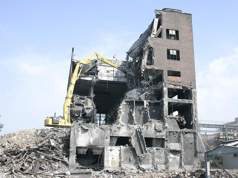 Complete demolition of Pradlo object in Ostrava-Privoz include material  disposal. 7f724f93fc